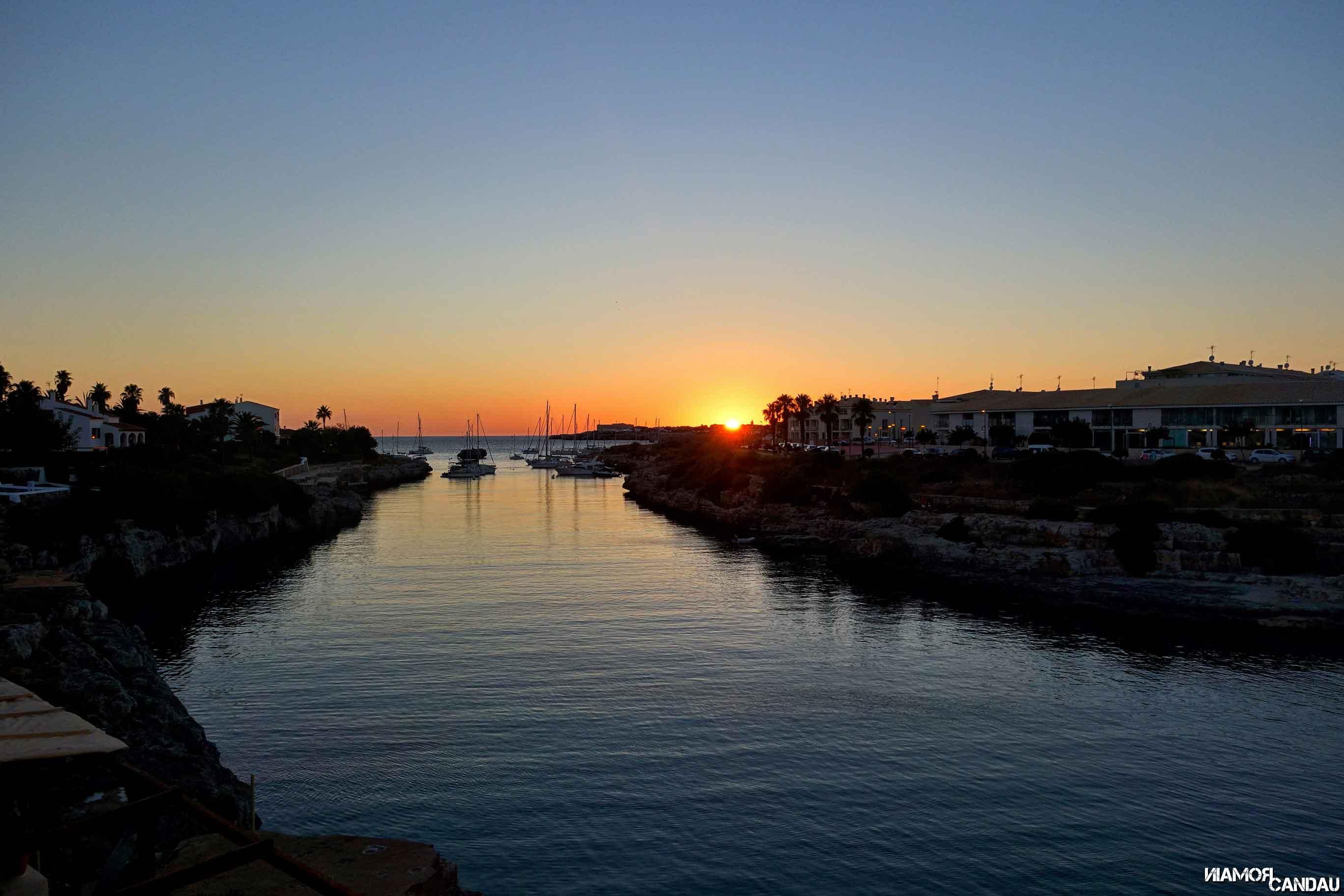 Coucher du soleil à la Cala des Degollador, Menorca