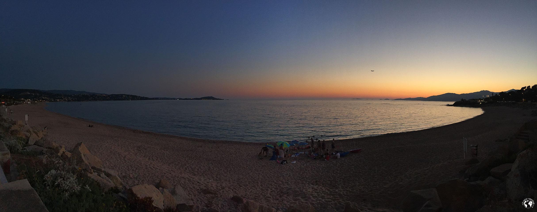 Coucher de soleil sur la plage de Porticcio en Corse