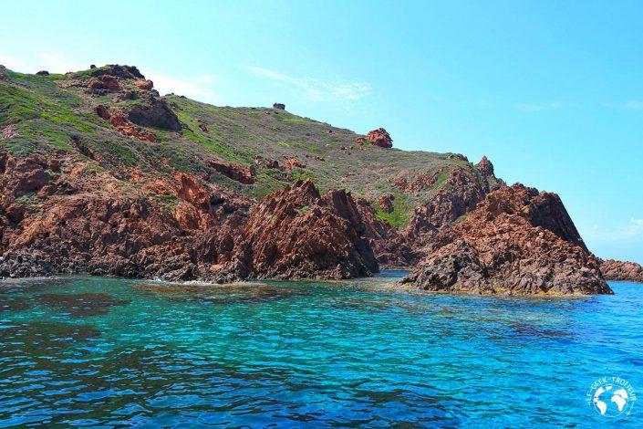 La réserve naturelle de Scandola en Corse
