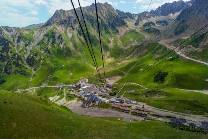 Descente en téléphérique du Pic du Midi de Bigorre jusqu'à la Mongie