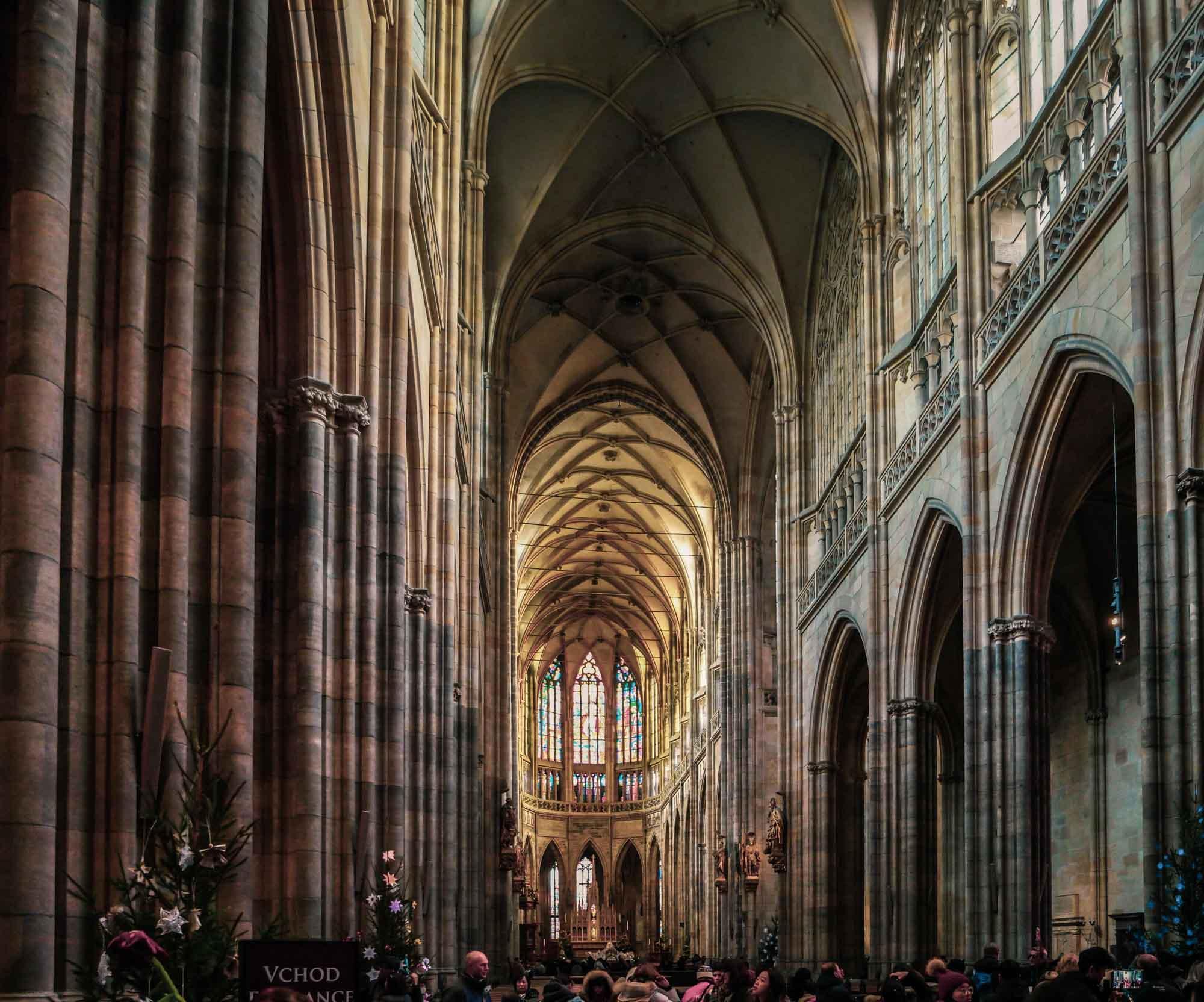 L'intérieur de la cathédrale Saint-Guy de Prague